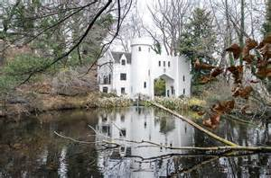 rossdhu gate is a scottish tudor castle