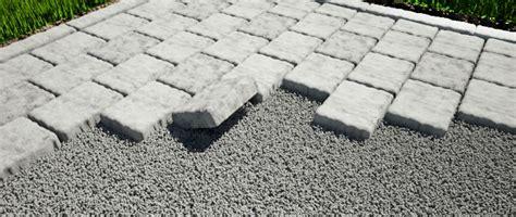 Patio Stones Rona Am 233 Nagement D Une Surface Ext 233 Rieure En Pav 233 S Ou Dalles De