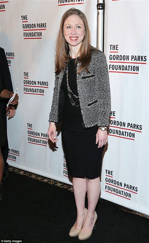 chelsea daily mail chelsea clinton wears ladylike dress to glamour event