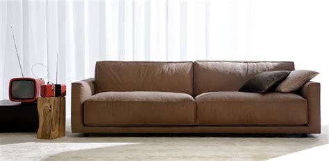 divano in pelle divano in pelle ribot cione di eleganza berto news