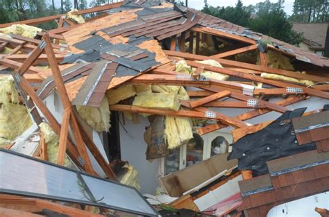 section 11 damages palm coast tornado b section residents awake to wreckage