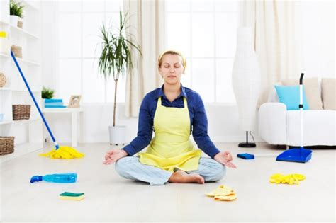 emotional closet cleaning spring clean your mind dr karen sweet benefits of spring cleaning the oz blog