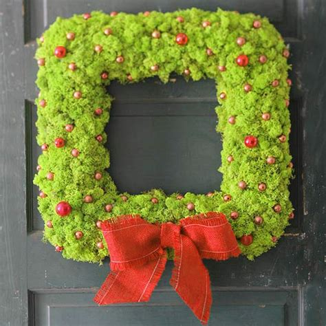 great seasonal wreath decorating suggestions decor advisor