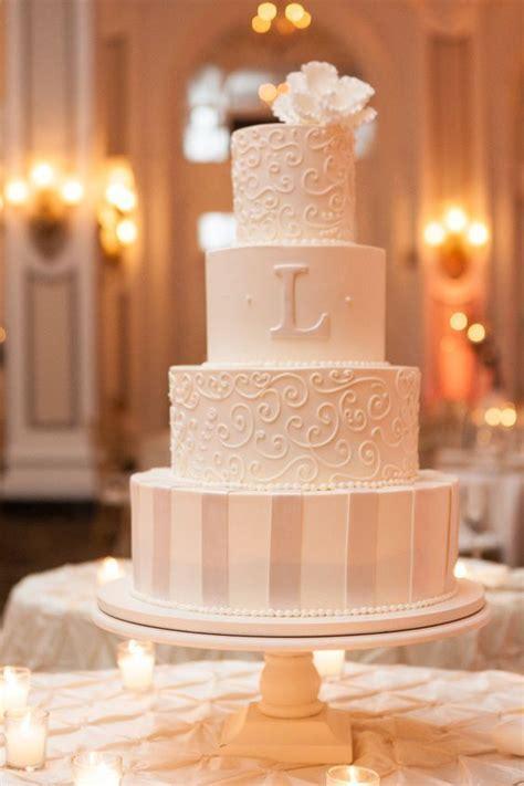 20 Elegant Vintage Buttercream Wedding Cakes   Roses & Rings