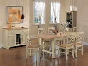 Tavoli da pranzo in legno moderni stile moderno nella sala da pranzo