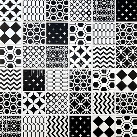geometric black and white floor tiles geometric pattern mosaic tile black and white tiledaily