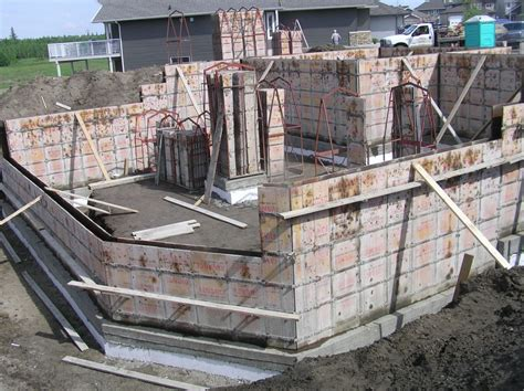 Concrete Cribbing by Foundation Walls 171 Cottonwood Passive House