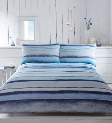 blue ombre bedding 25 best ideas about ombre bedding on pinterest bed