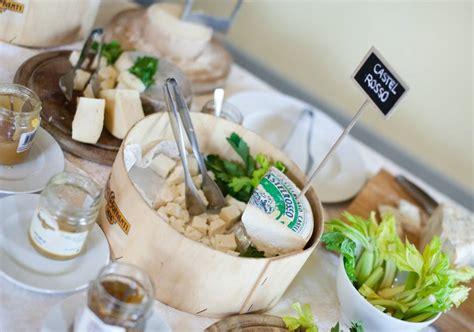 tavoli per buffet come allestire la tavola per un buffet