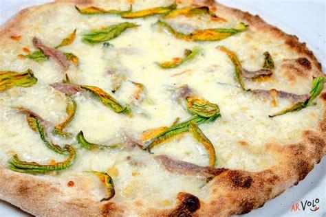fiori di zucca ristorante pizza fiori di zucca e alici arvolo ristorante pizzeria