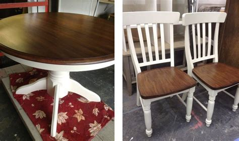 Table and Chairs topped with a Brown Mahogany and Java Gel