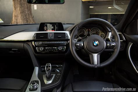 2016 bmw dashboard 2016 bmw 320i m sport review performancedrive