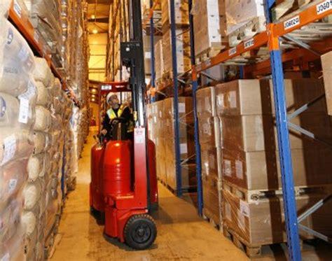 Ac Truk flexi narrow aisle forklift trucks uk impact handling