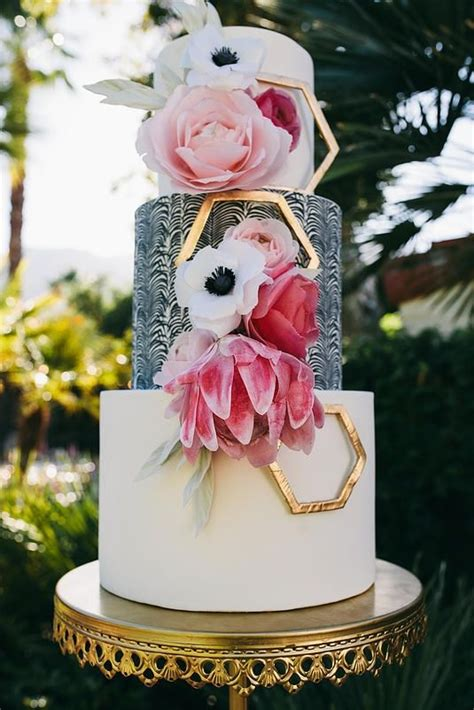 Wedding Cakes Designs 2015 dramatic wedding cake 2015 wedding cake trends hey