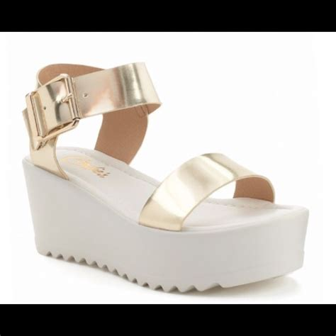 69 candie s shoes gold and white platform sandal