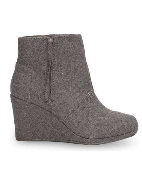 toms wedges comfortable 1000 ideas about toms desert wedges on pinterest womens