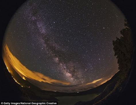 Meteor Shower Best Viewing Time by Eta Aquarids Meteor Shower Will Light Up Skies Tomorrow