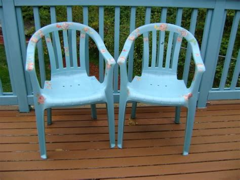 Plastic Patio Furniture 25 Best Ideas About Plastic Garden Chairs On