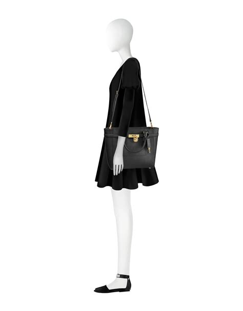 Michael Kors Top Zip Signature Black michael kors hamilton saffiano leather large top zip tote