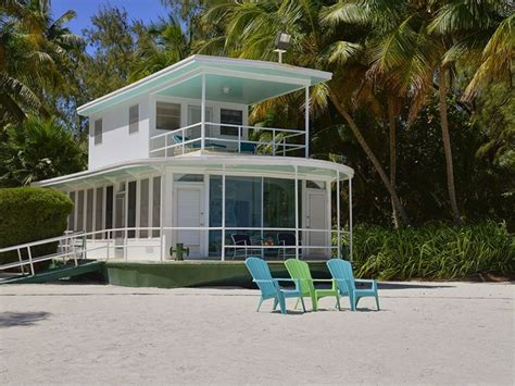 House Of The Week Beached Florida Keys Houseboat Zillow Porchlight
