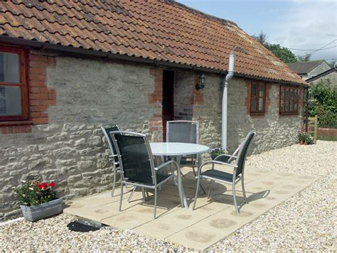 Primrose Cottages by Primrose Cottage In Henstridge Able To Sleep Five