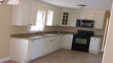 L Shaped Kitchen Designs For Small Kitchens Modern Kitchen Kitchen White Furnish L Shaped Kitchen Decor In Small Space Glubdubs