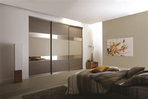 Bed With Built In Wardrobe by Fancy Bedroom Built In Wardrobe Designs 85 Best For Master