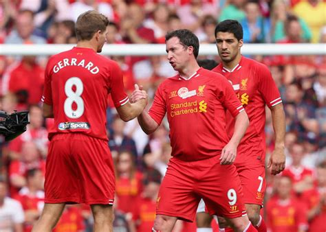 steven gerrard football statistics form guide liverpool fans tell robbie fowler off for picking on