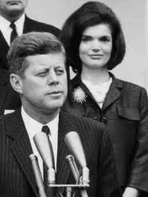 kennedy a captivating guide to the of f kennedy and jacqueline kennedy onassis books jfk and jackie kennedy late live abc radio