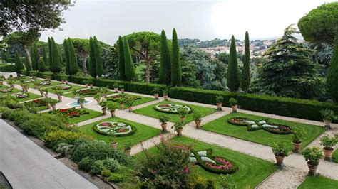 giardini di castel gandolfo col treno storico dallo stato pontificio a castel gandolfo