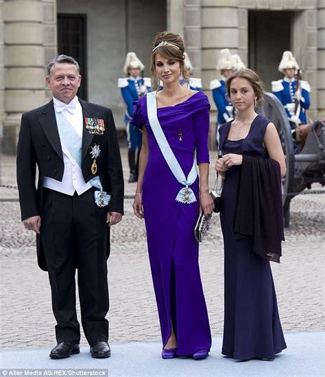 Gamis Daily Raniya princess iman of rivals rania in the style