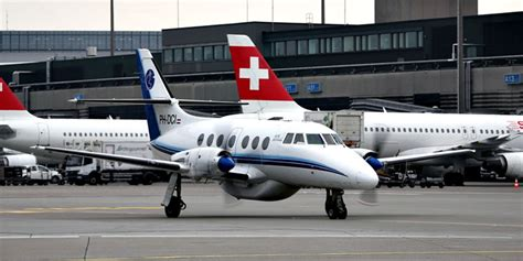 emirates zurich airport emirates and ais airlines at zurich airport more news and