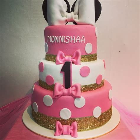 Mini 3layer minnie mouse 3layer cake dessert table minnie mouse