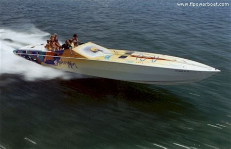 apache boats apache powerboats and that s that page 10