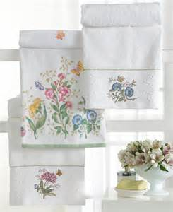 butterfly bath towels lenox quot butterfly meadow quot towel collection bath towels