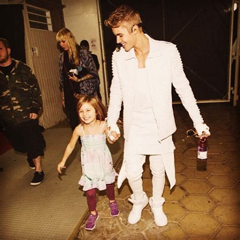 justin bieber biography his family video justin bieber s performance biebs cute song