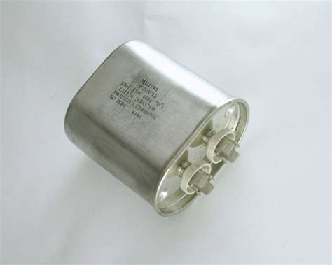 capacitor mallory z64r3715e mallory capacitor 15uf 370v application motor run 2020005549