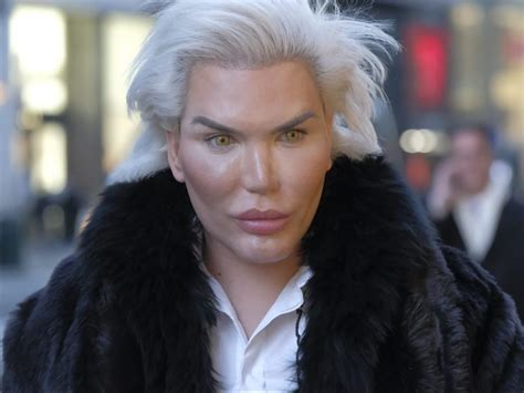 human doll ribs removed human ken doll rodrigo alves has four ribs removed in