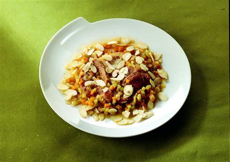 cucinare ossobuco di vitello ricetta ossobuco di vitello con verdure la cucina italiana