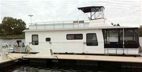 houseboat driving lessons learn how to park dock and - Boat Driving Lessons Michigan