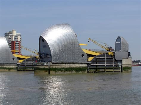 thames barrier environmental impact flooding lightwater