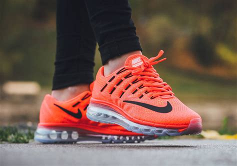 Sepatu Original Nike Air Max Sequent Total Crimson Black air max 2016 premium photos release info sneakernews