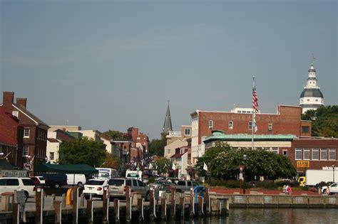 living on a boat in maryland downtown annapolis maryland qualcosa di bello