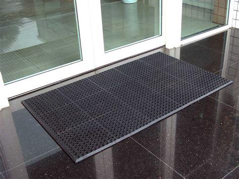 Commercial Rubber Flooring Industrial Rubber Flooring Tiles Floor Mat Manufacturer
