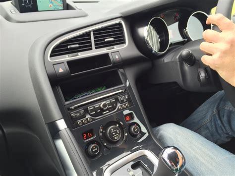 peugeot 3008 2015 interior peugeot 3008 2015 autofresh portal berita otomotif