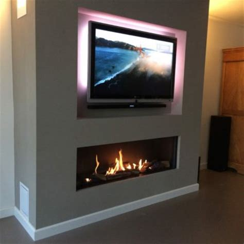 linear fireplace with tv above modore 140 element4 direct vent gas fireplace