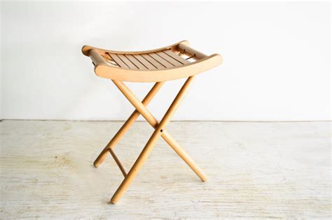 Cing Stool by Www Littlesmornings Wood Folding Stool Buy Wooden