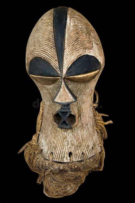 Masker Cultusia antiek afrikaans masker stock afbeelding afbeelding bestaande uit ritueel 2123315