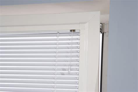 horizontale jaloezieen kiepraam perfect fit horizontale jaloezie 235 n multi raamdecoratie