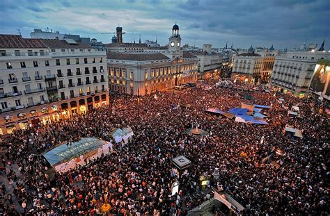 imagenes de multitudes orando sobre multitudes insondables paperblog